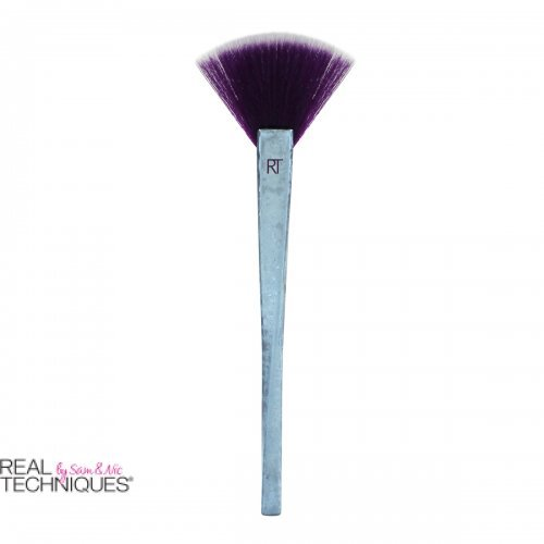 REAL TECHNIQUES - BRUSH CRUSH™ Vol. II - 304 Lepezasta četkica